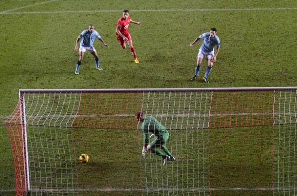Gareth+Barry+Southampton+v+Manchester+City+kJl58sZEKw7l